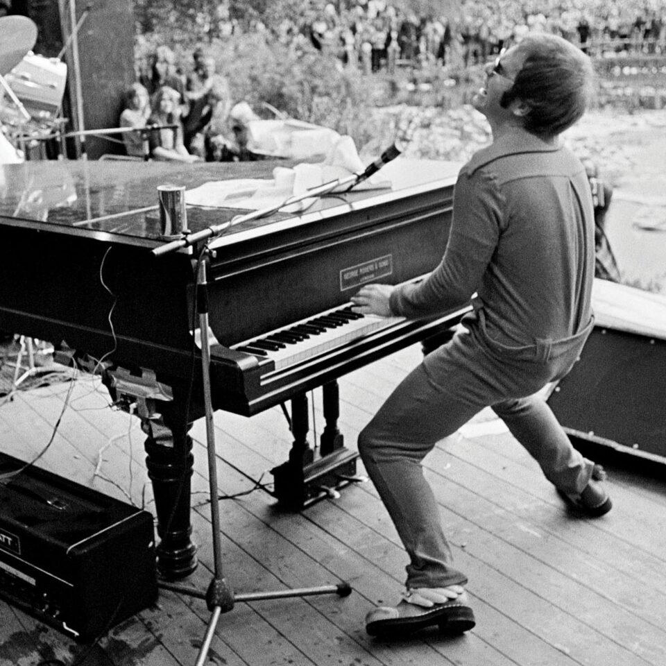 Elton John, Crystal Palace, 1971