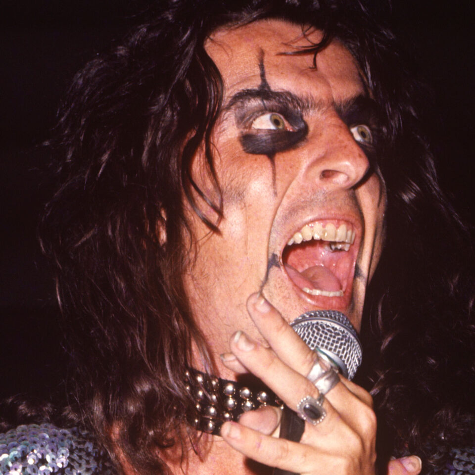 Alice Cooper, Hollywood Bowl, 1972 © Kevin C. Goff